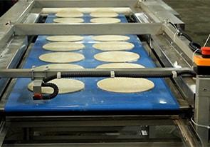 Линия для производства заготовок коржей для тортов изготовлена для украинского заказчика