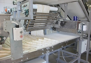 Automatic line for the production of puff pastry was put into operation in Belarus - foto №2451