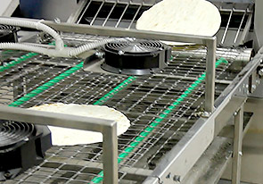 تنفيذ خط إنتاج خبز اللافاش في ألمانيا